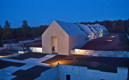 Mausoleum-of-the-Martyrdom-of-Polish-Villages-in-Michniow_Nizio-Design-International_dezeen_1568_5