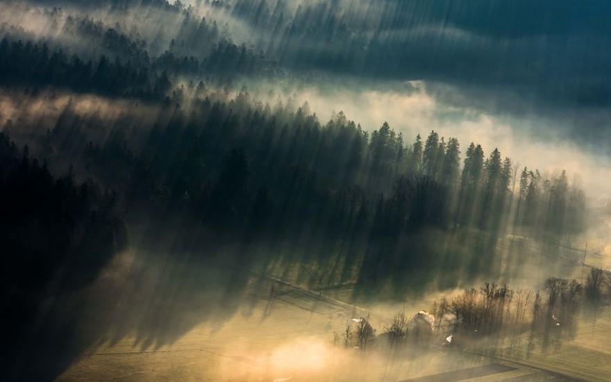 sun-rays-chasing-in-slovenia-8__880