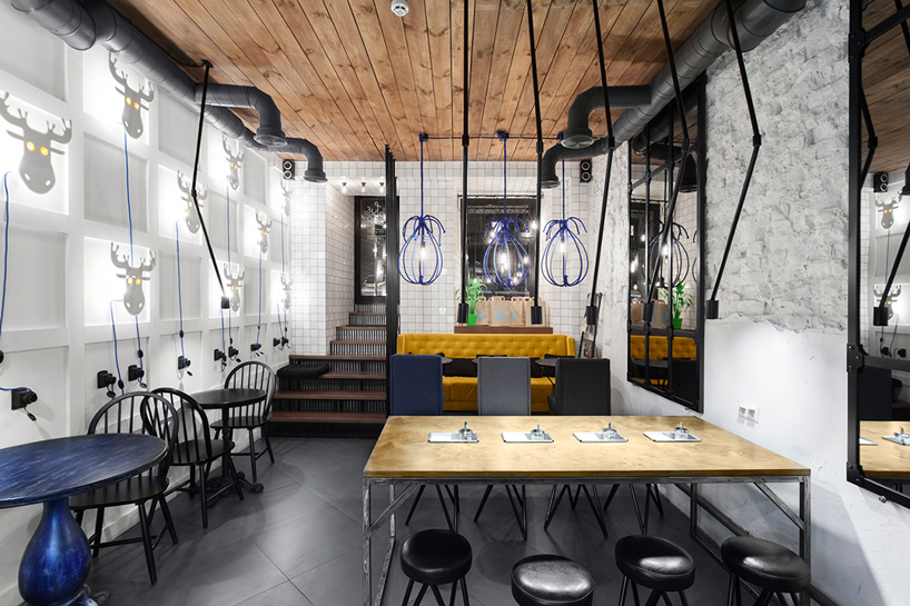 blue-cup-coffee-shop-kleydesign-studio-kiev-ulkraine-designboom-10