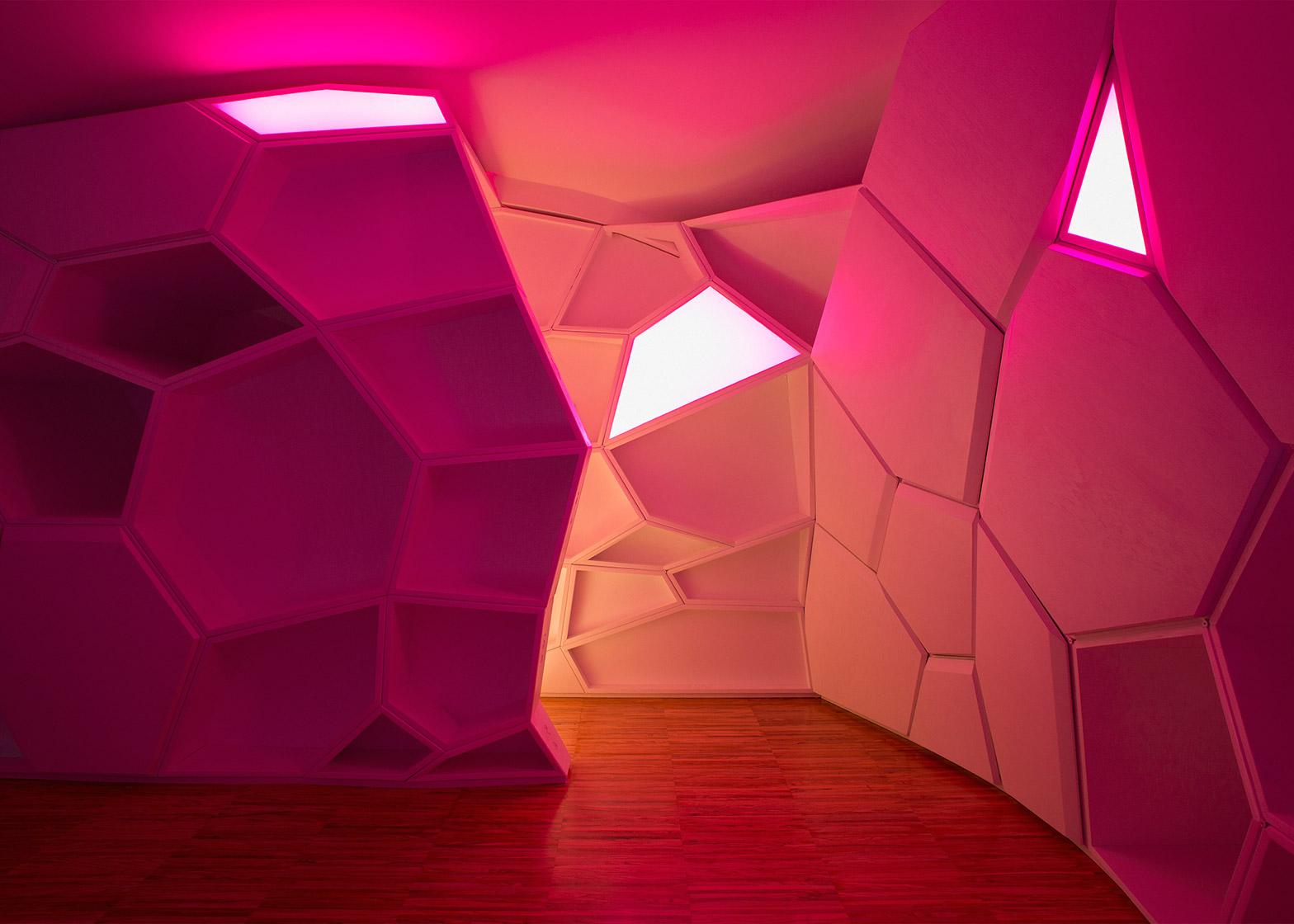 gentle-genius-gg-loop-facade-refurbishment-interior_dezeen_1568_6